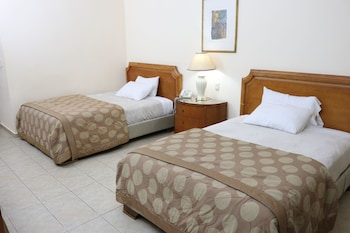 Room, 2 Double Beds, Non Smoking, City View (Exterior View)