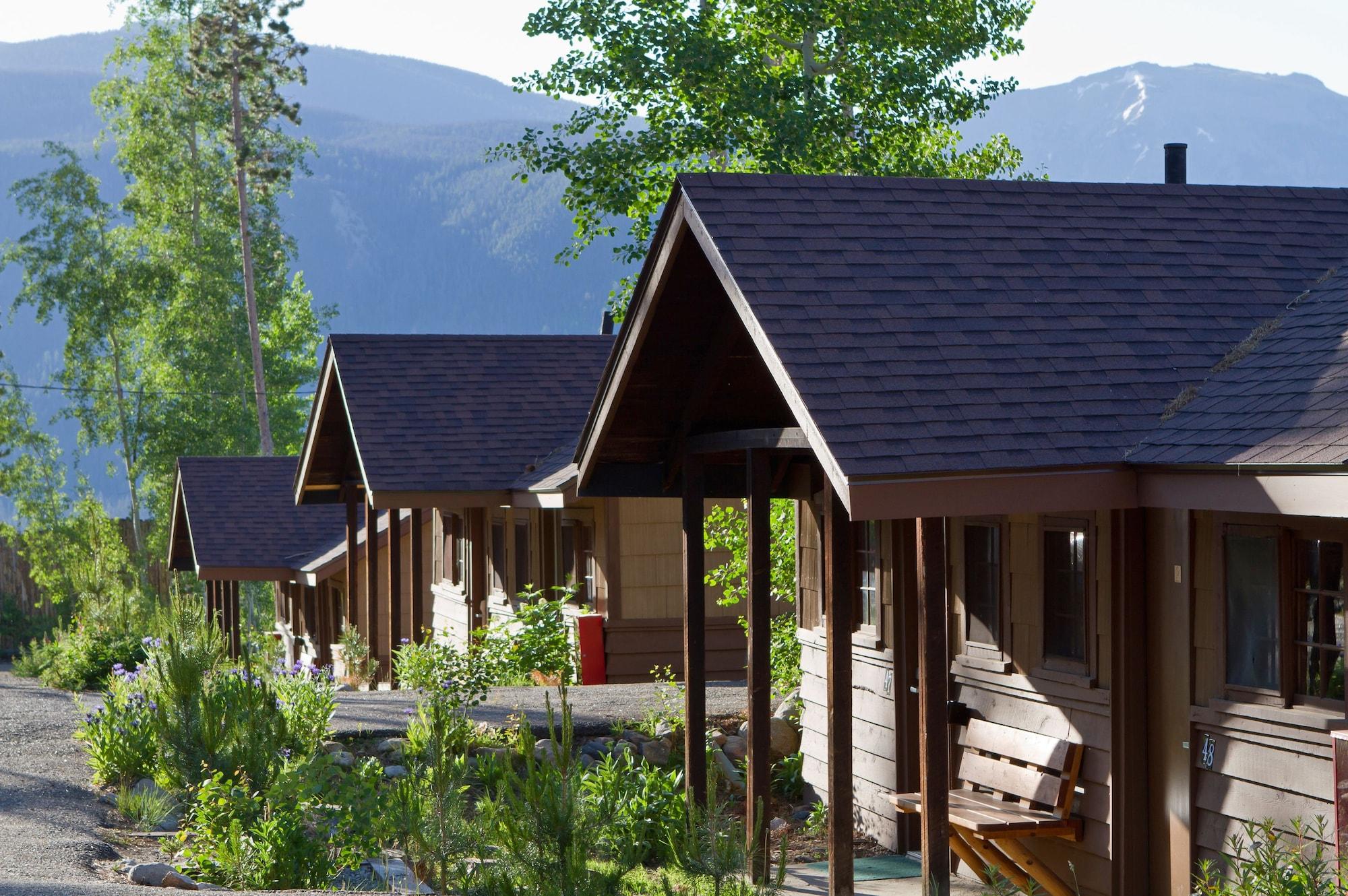 Grand Lake Lodge, Grand