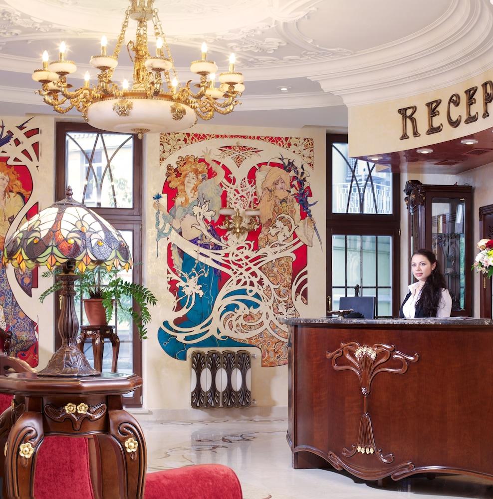 Гостиница «Старо»