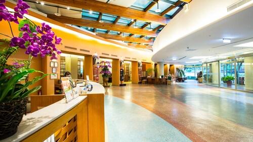 . Luminous Hot Spring & Resort