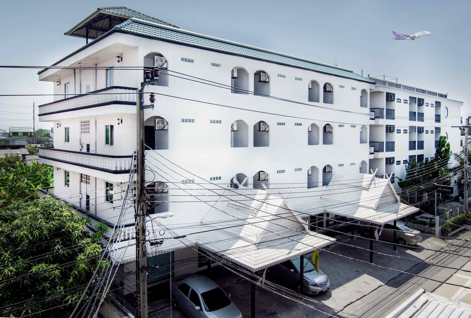 The Phoenix Hotel Bangkok, Lat Krabang