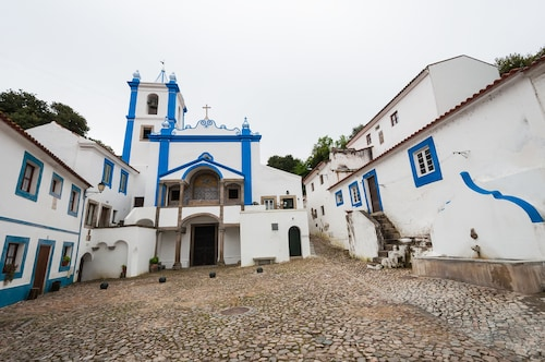 Casas de Romaria de Brotas, Mora