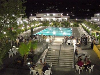 King's House Hotel Resort Mascali
