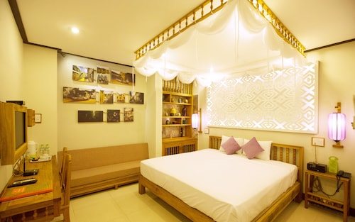 Vinh Hung Library Hotel, Hội An