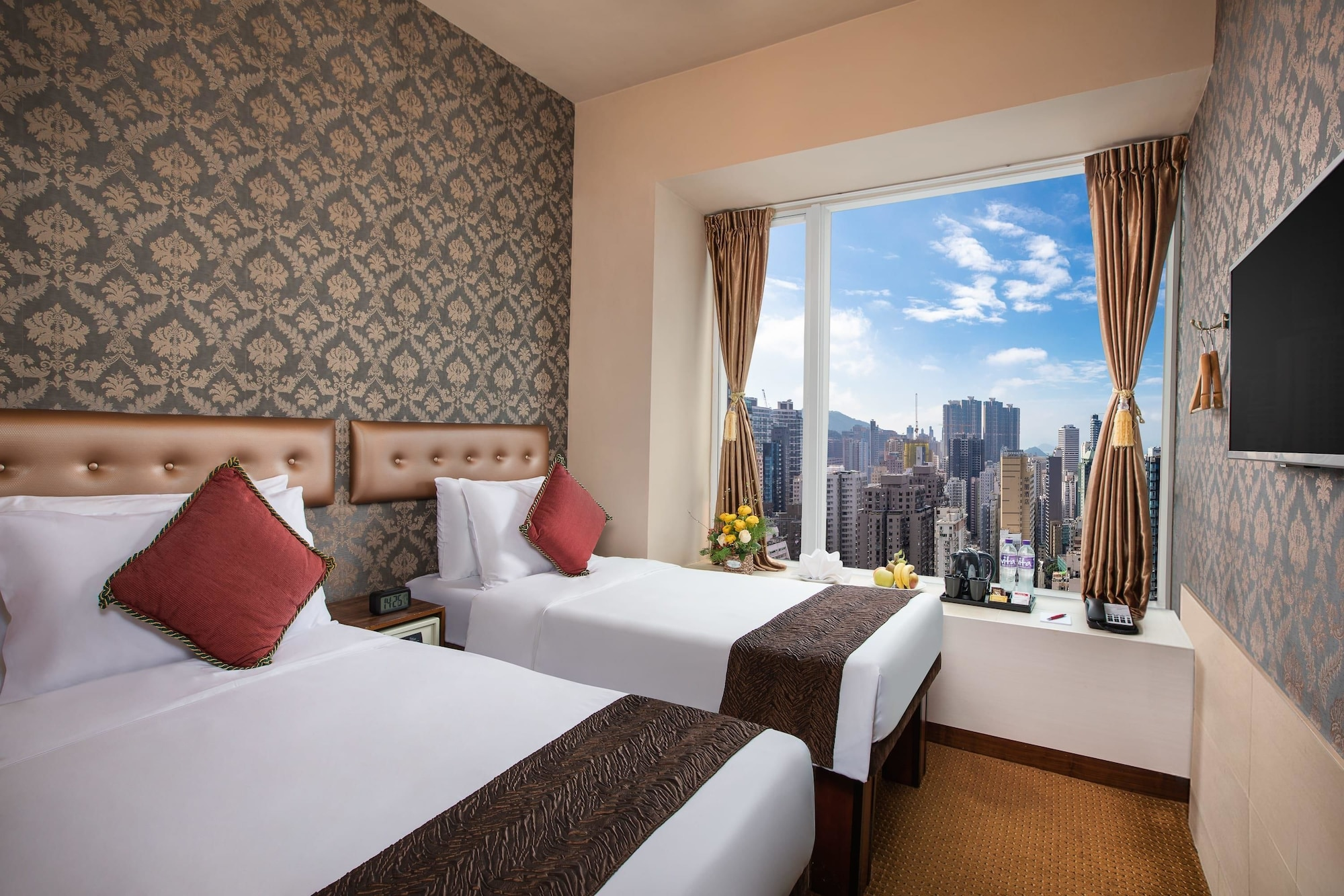 Ramada Wyndham Hong Kong Harbour View, Central and Western