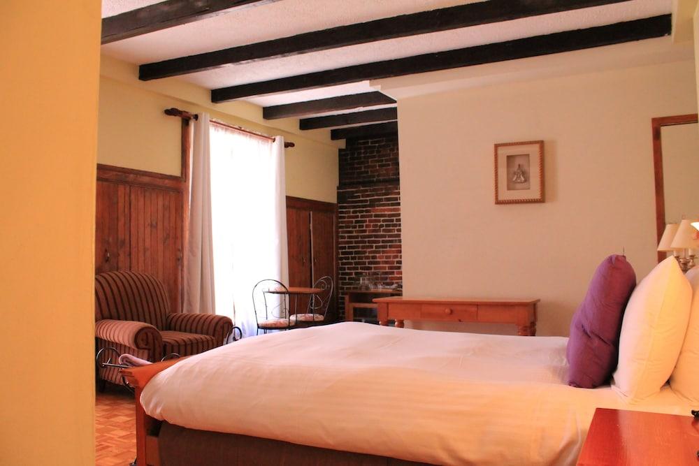 오베르즈 드 라 플라세 로얄(Auberge de la Place Royale) Hotel Image 13 - Guestroom