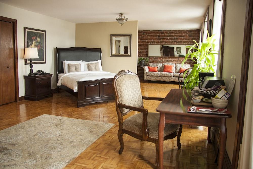 오베르즈 드 라 플라세 로얄(Auberge de la Place Royale) Hotel Image 17 - Guestroom