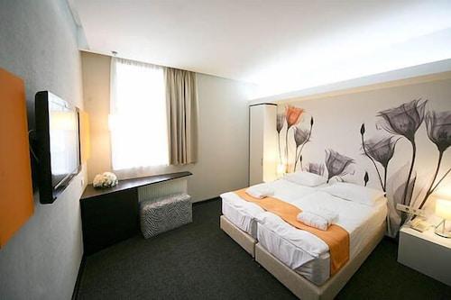 . City Park Hotel - Bila Tserkva
