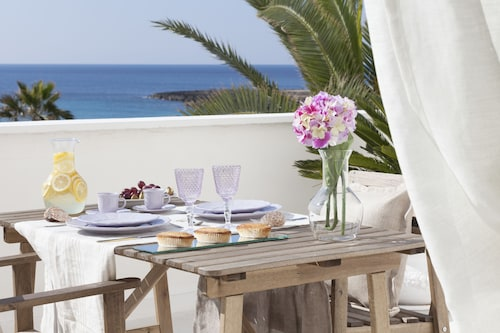 . Sud Beach Hotel