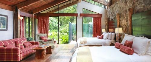 __{offers.Best_flights}__ Poas Volcano Lodge