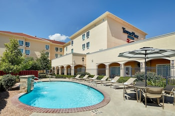 湯普列斯套房米德蘭飯店 TownePlace Suites Midland