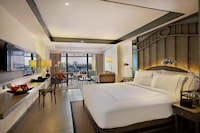 Premium Riva Room ( River View with Balcony )