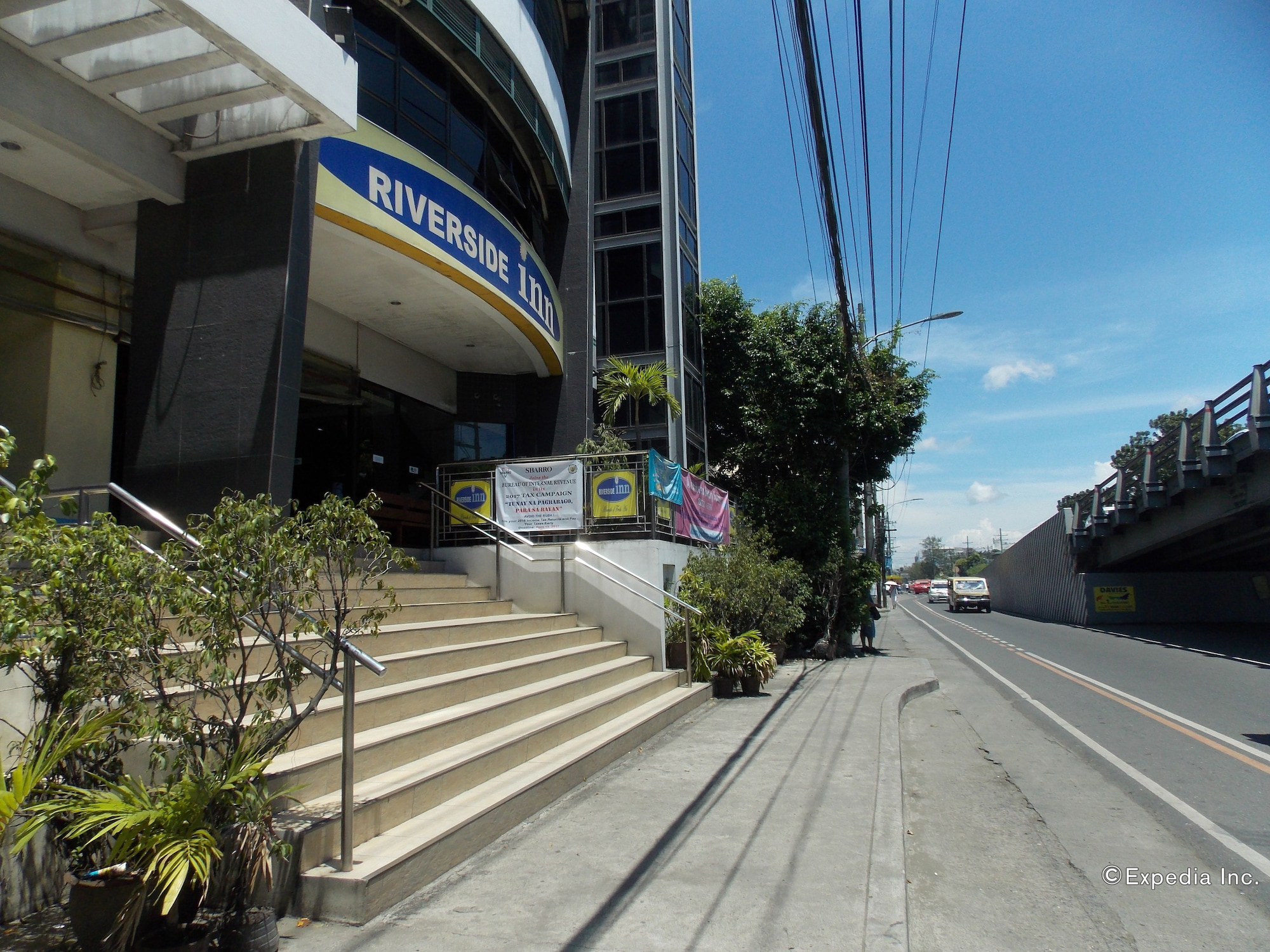 Riverside Inn, Iloilo City