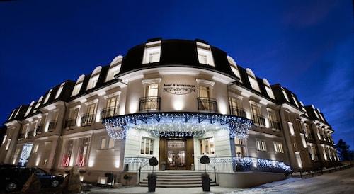 . Rezydencja Luxury Hotel