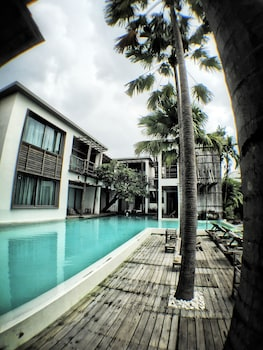 Hotel - Paragon Inn