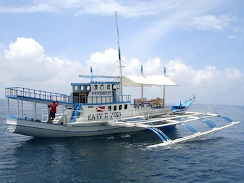 Sipalay Easy Diving And Beach Resort Boating