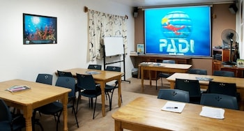 Sipalay Easy Diving And Beach Resort Meeting Facility