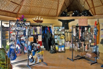 Sipalay Easy Diving And Beach Resort Gift Shop