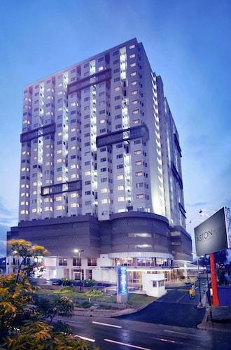 . Aston Pluit Hotel & Residence