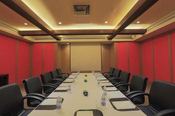 Holiday Inn Makati Meeting Facility