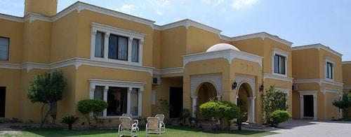 . Hotel One Bahawalpur