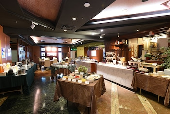 HIROSHIMA KOKUSAI HOTEL Breakfast Area