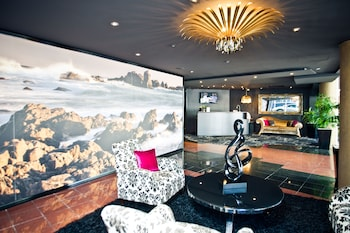 Mercure Wellington Central City Hotel and Apartments - Lobby