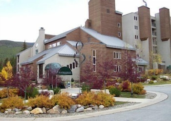 Hotel - Iron Horse Resort