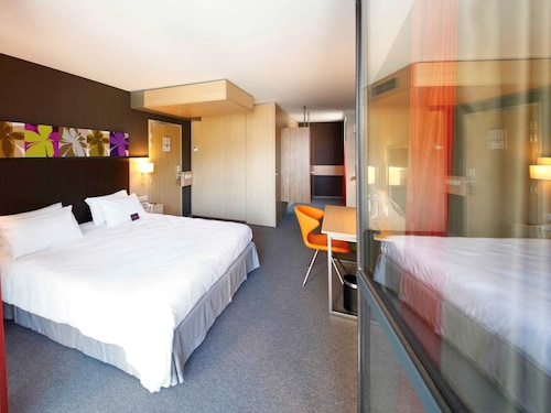 . Mercure Valenciennes Centre
