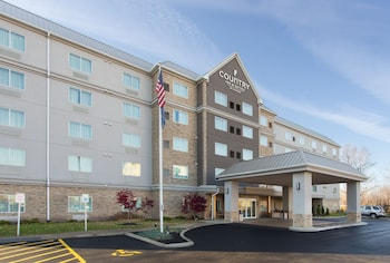 Country Inn Suites By Radisson Buffalo South I 90 Ny 3 Miles From The Hammocks At Orchard Park