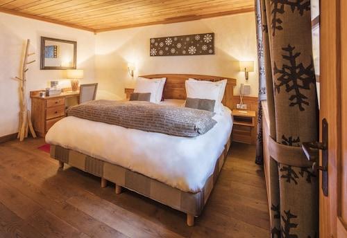 __{offers.Best_flights}__ Hôtel & Spa - Châlet Mounier