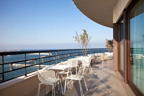 . iH Hotels Bari Grande Albergo delle Nazioni