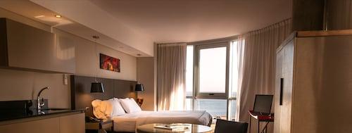 . Axsur Design Hotel