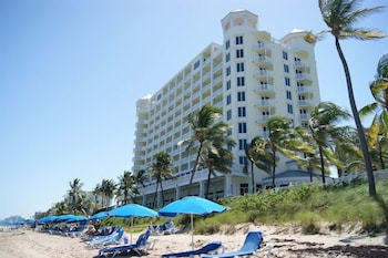 Hotel - Owner Rentals at Pelican Grand Beach Resort