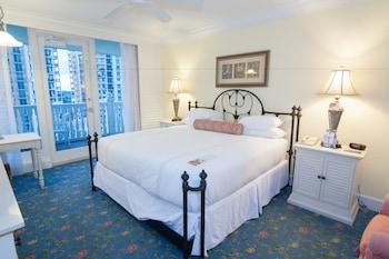 Standard Room, 1 King Bed (Room 625)
