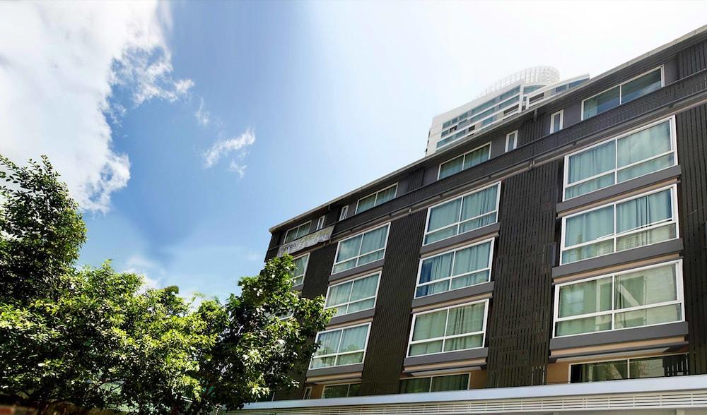 ナントラ スクンビット 39 ホテル
