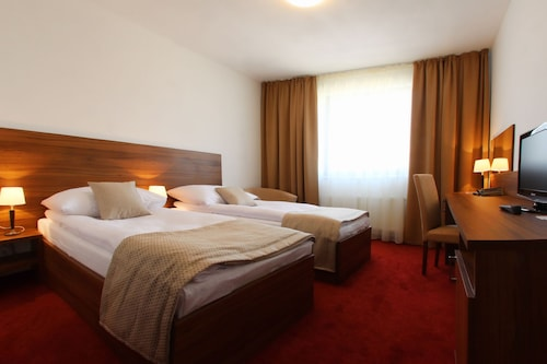 Hotel Saffron, Bratislava II