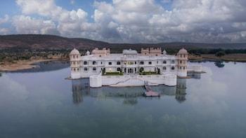 Lake Nahargarh Palace A jüSTa Resort