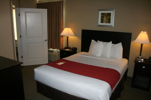 MainStay Suites Camp Lejeune, Onslow