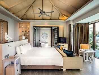 Luxury Room, 1 Bedroom (Pool)