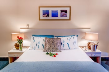 Hotel - Emerald Spa Motor Inn