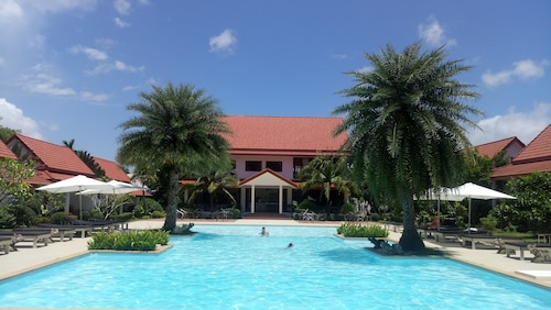 . Armonia Village Resort and Spa