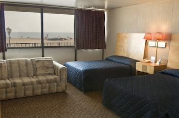 Standard Room, Oceanfront (Large with 2 double beds)