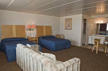 Guestroom at Rideau Oceanfront Motel in Ocean City