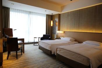 Room, 2 Twin Beds, Garden View