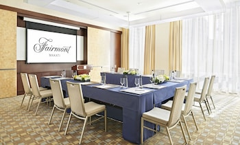 Fairmont Makati Meeting Facility