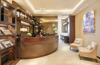 Fairmont Makati Business Center