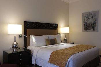 Fairmont Makati Room