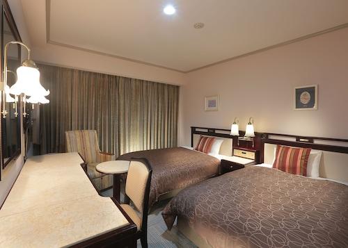 . Sasebo Washington Hotel