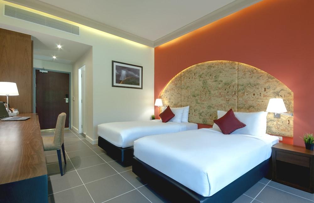 Deluxe Room, 2 Twin Beds (Garden Wing)